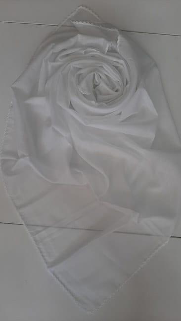 Shami pambuku ngjyre e bardhe e kthyer me grep ne cepa